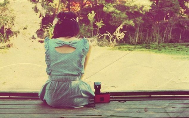 adorable-alone-blue-bow-camera-Favim.com-456353