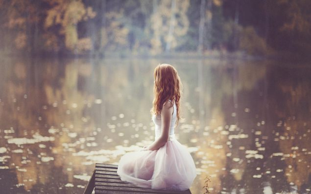 Lonely-girl-white-dress-lakeside_1920x1080